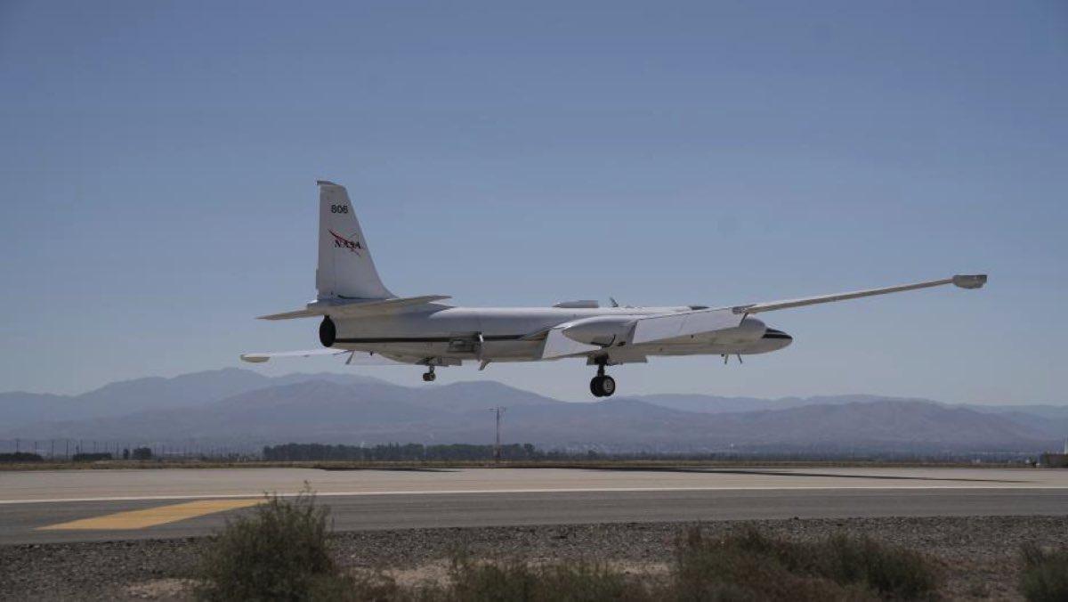 Avión NASA ER-2 (4)