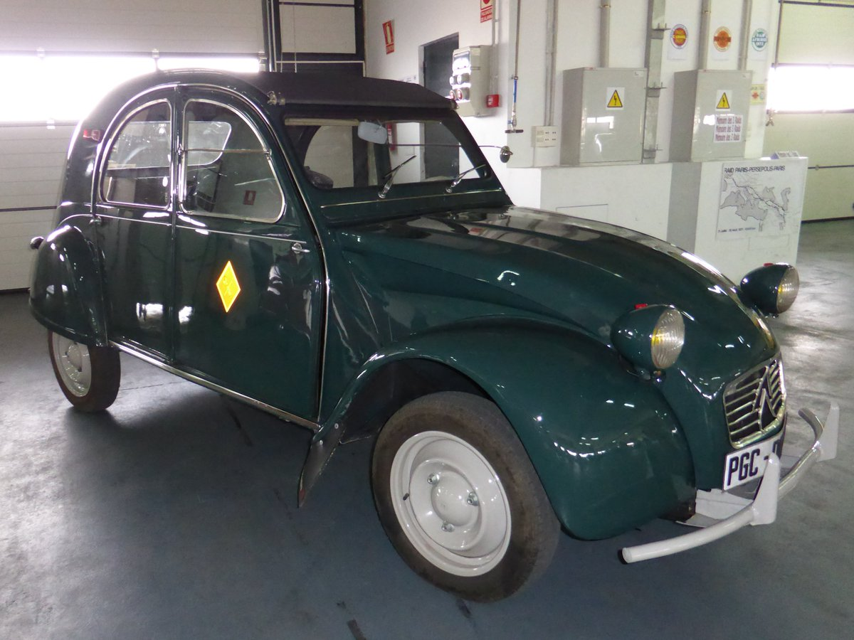 Citroën 2 CV Sáhara - Guardia Civil