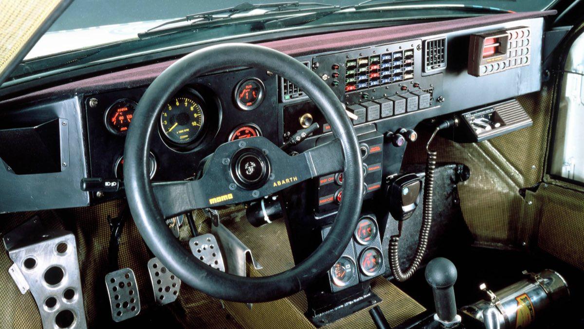 Lancia Delta S4 Grupo B (3)