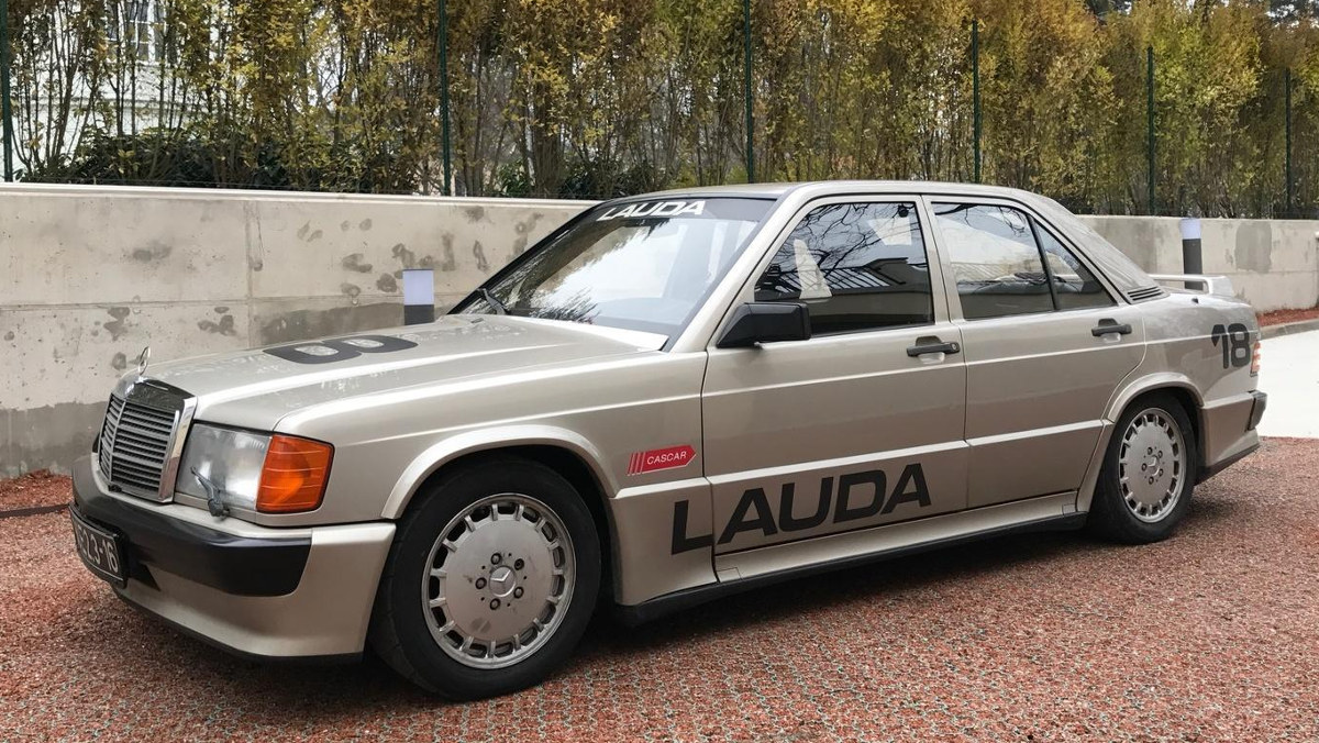 Exterior del Mercedes 190E 2.3-16v de Niki Lauda