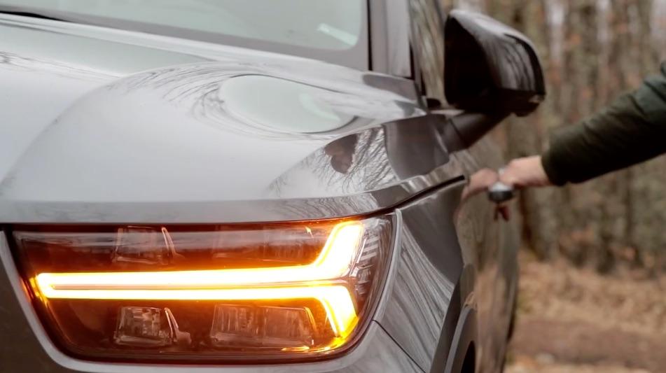 VOLVO XC40 Luces en forma de martillo de Thor