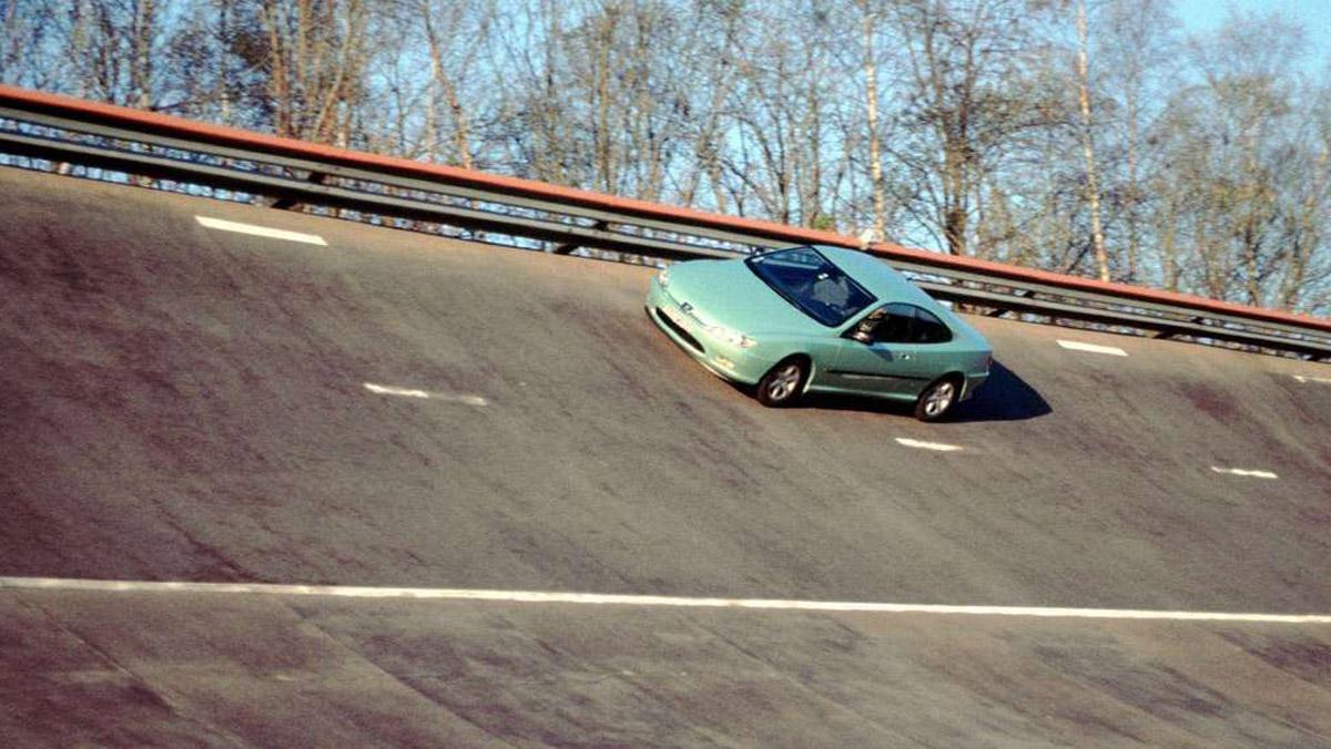 Peugeot 406 Coupé prueba