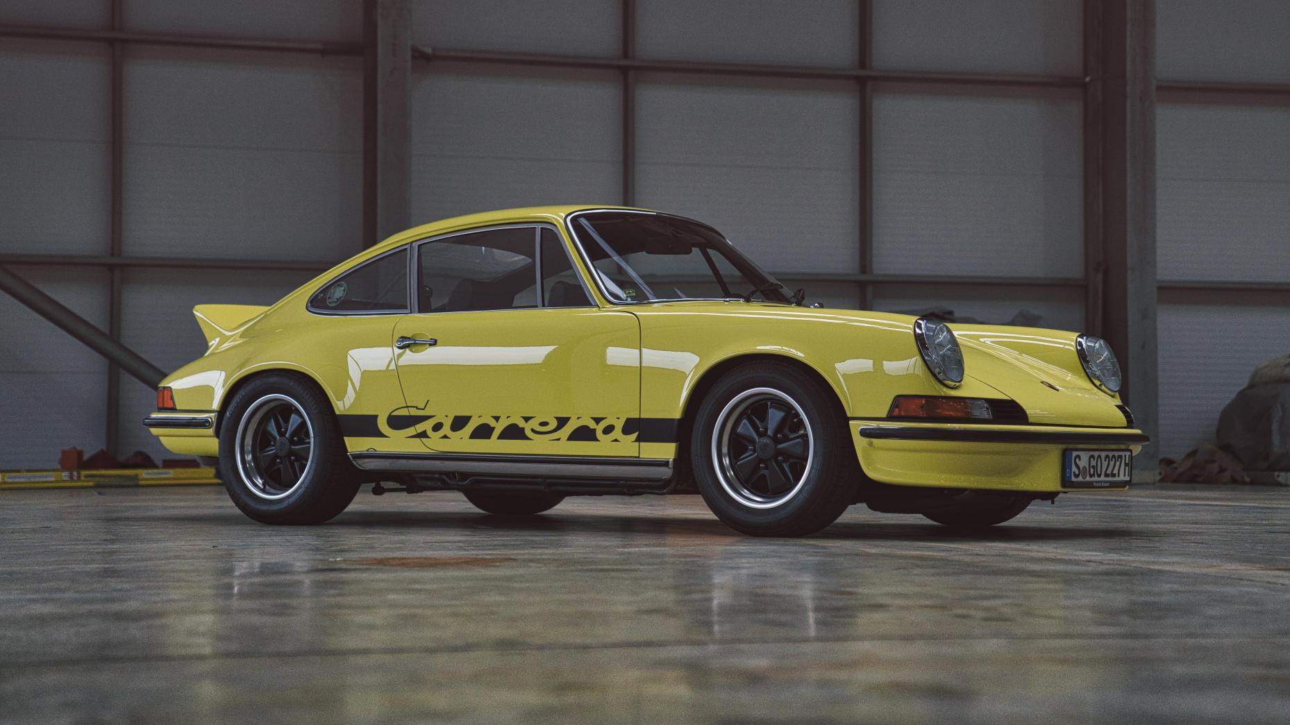 Porsche 911 Carrera RS Touring