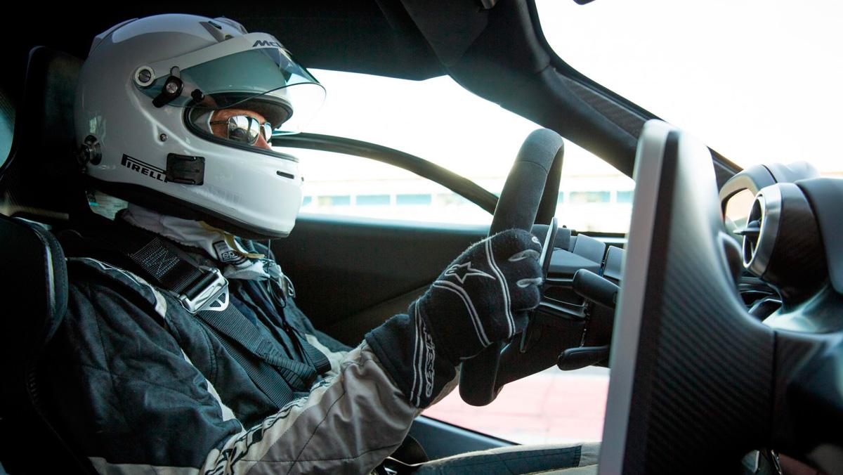 Prueba McLaren Senna (piloto)