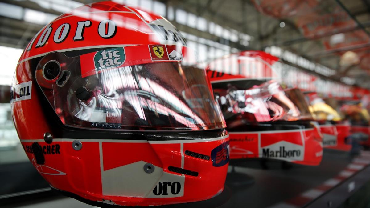 Colección Privada Michael Schumacher Colonia Cascos