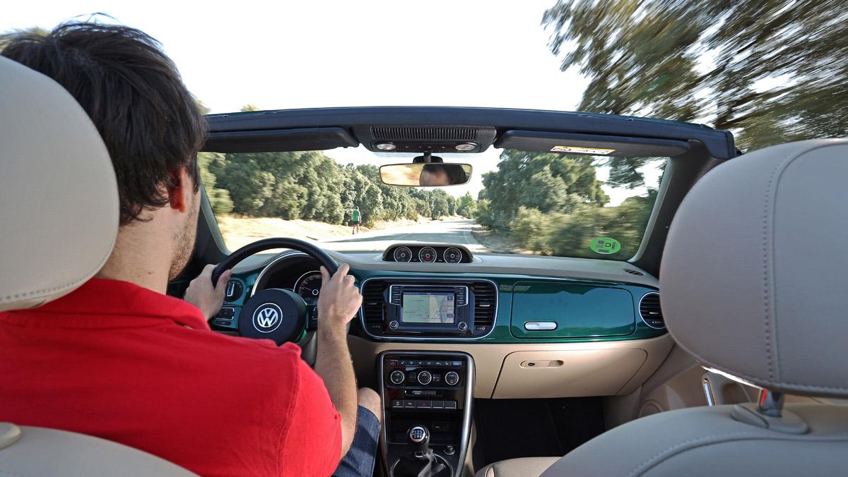 Prueba Volkswagen Beetle Cabrio (interior)