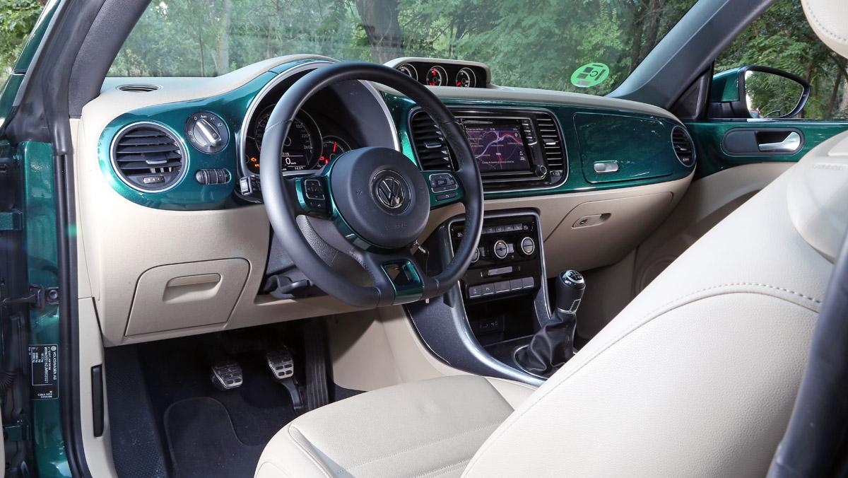 Prueba Volkswagen Beetle Cabrio (puesto conducción)