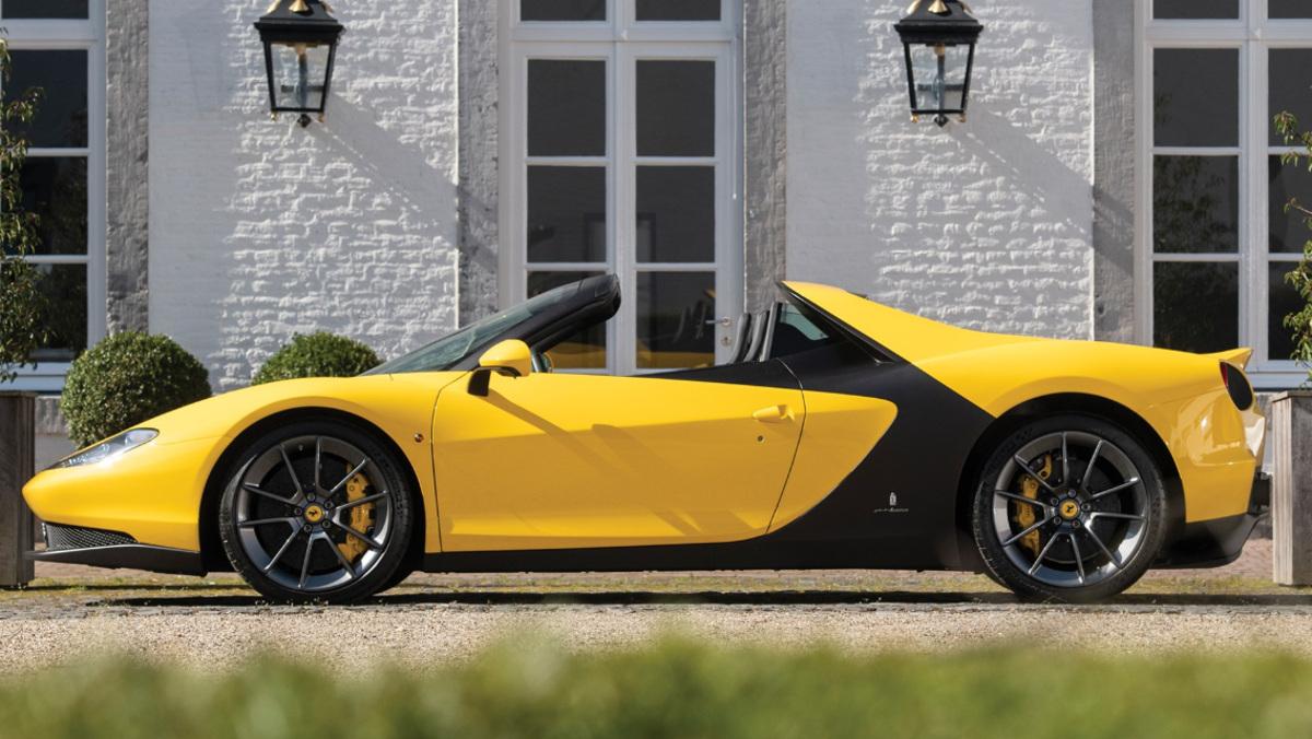 Lateral izquierdo del Ferrari Sergio, en venta