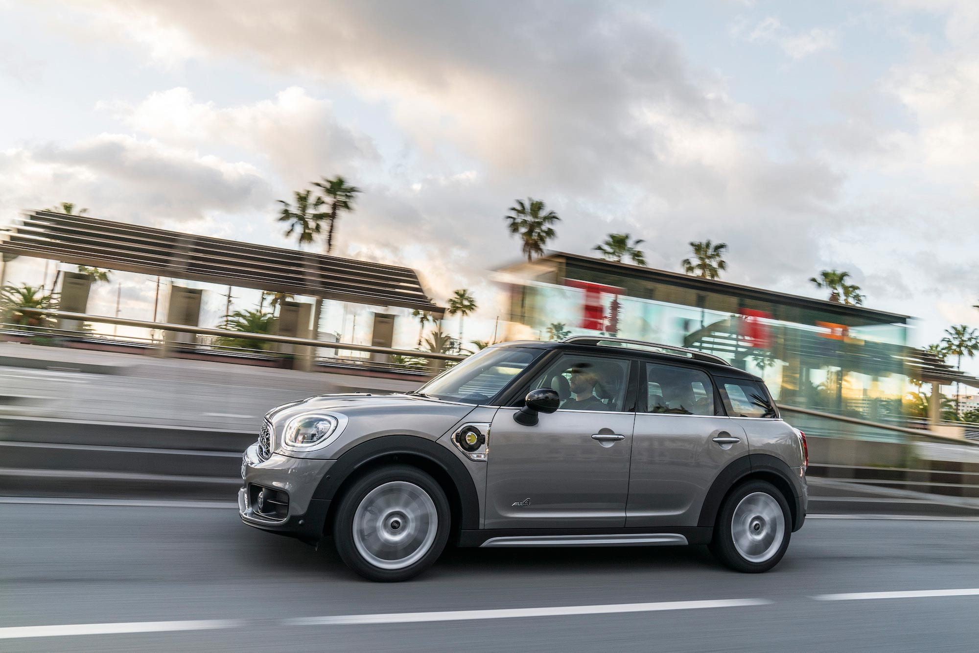 MINI COUNTRYMAN PHEV 3
