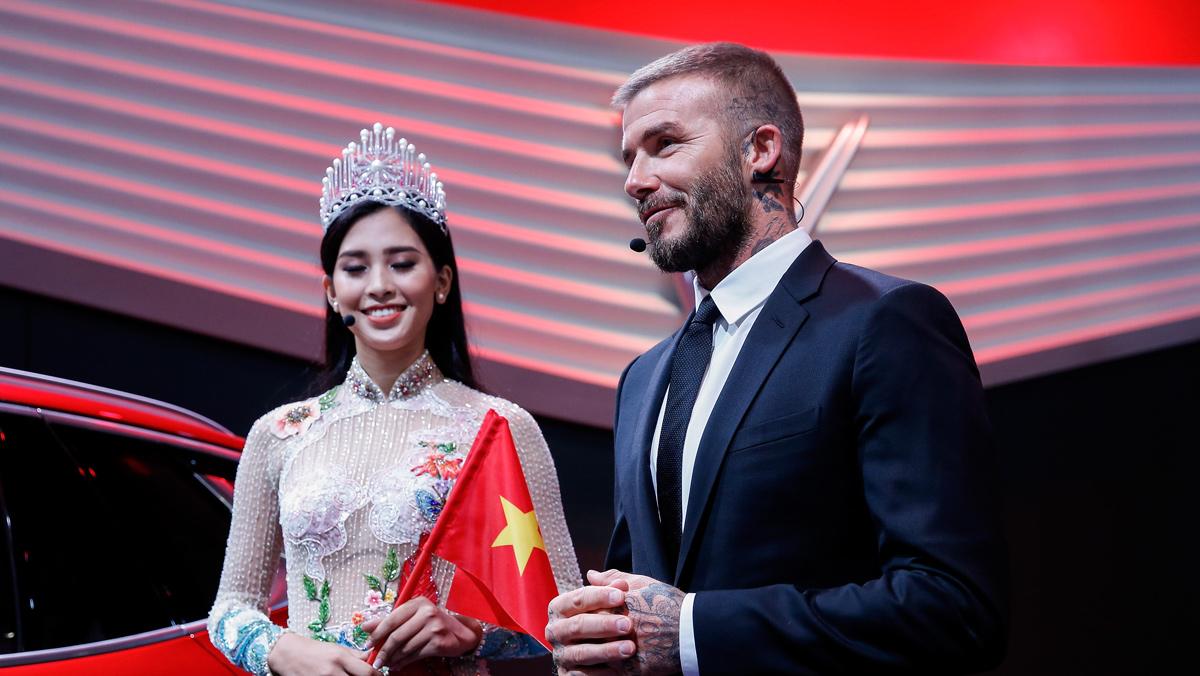 Vinfast David Beckham y Tran Tieu Vy Salón París 2018