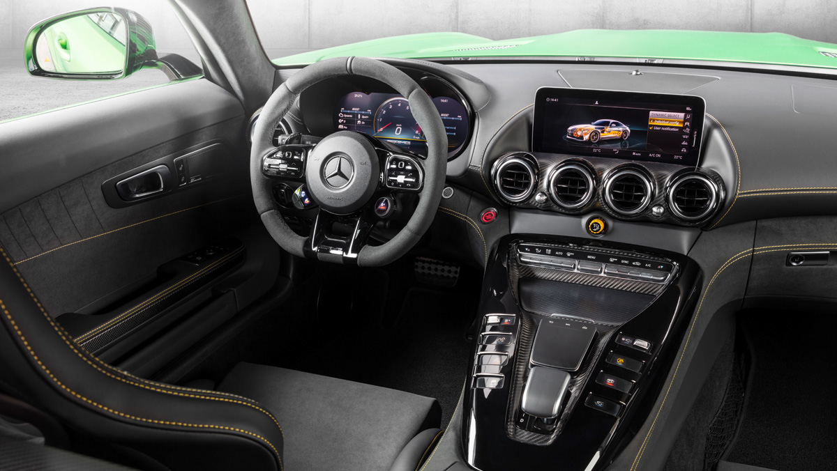 Mercedes-Benz AMG GT R 2019 (interior)