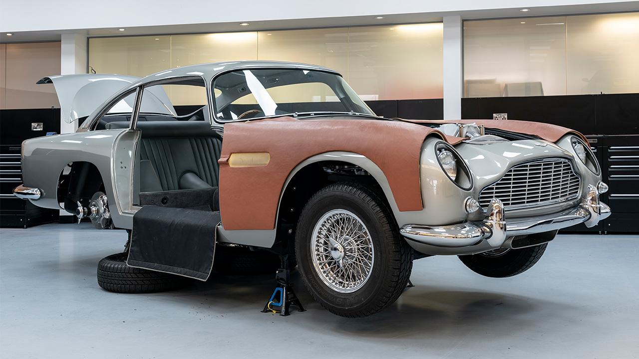 Aston Martin Goldfinger DB5 Continuation Edition