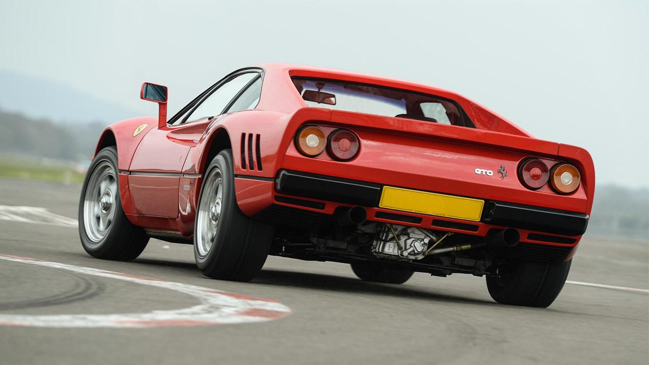 Ferrari GTO trasera