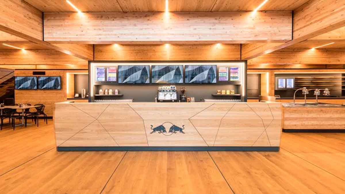 Interior motorhome Red Bull 2019