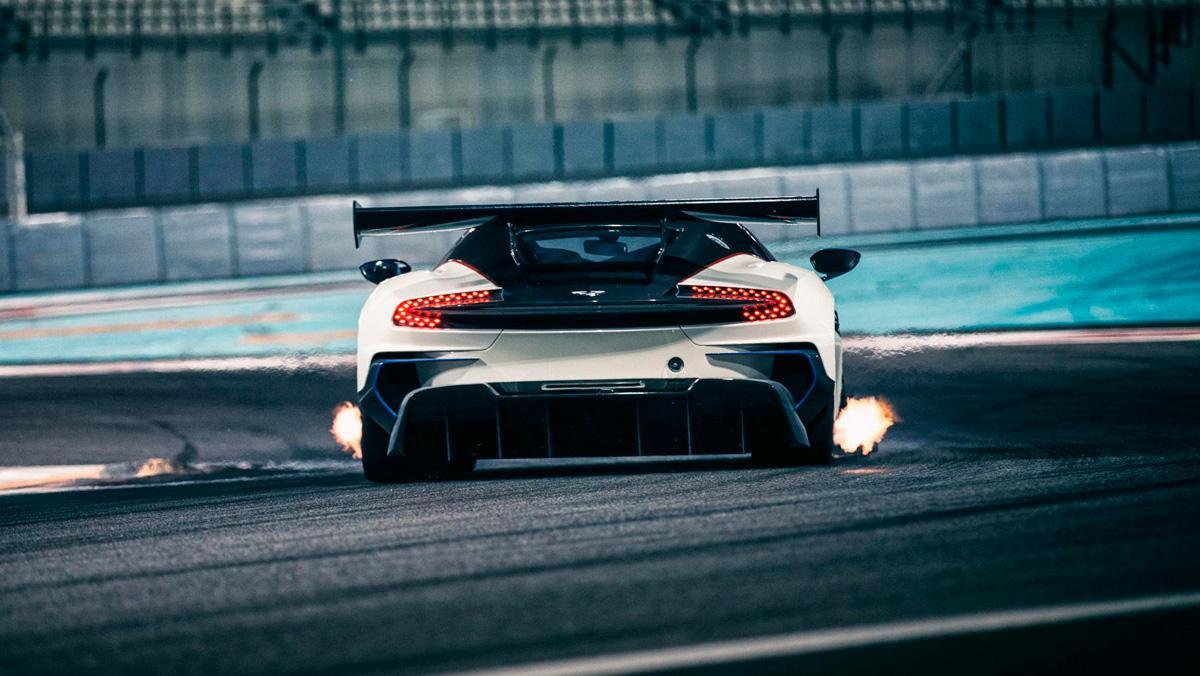 Prueba Aston Martin Vulcan En Yas Marina Si Has Leido Bien Topgear Es