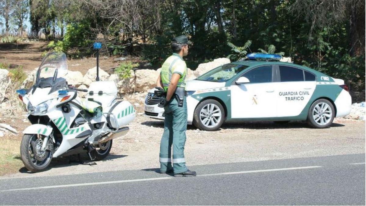 La Guardia Civil exhibe la fotografía con más infracciones por centímetro cuadrado