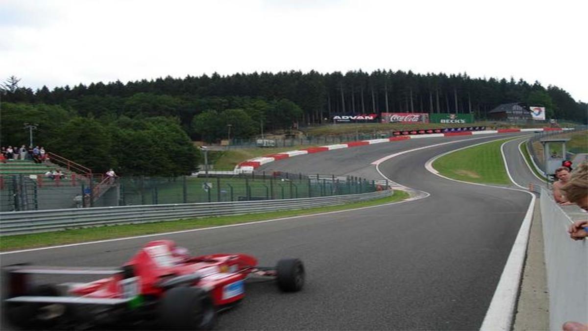 Circuito De Spa Francorchamps : Las 11 cosas que deberías conocer de spa francorchamps topgear.es