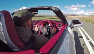 Chris Harris se pone al volante del nuevo Porsche 718 Boxster