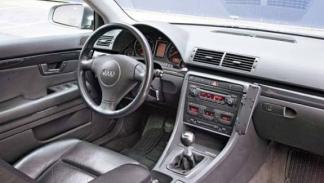 interior coche usado