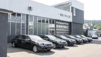Mercedes clase e limusina seis puertas lateral