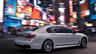 Nuevo BMW Serie 7 2015 trasera