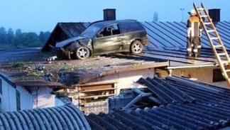 accidente-tráfico-inexplicable-techo