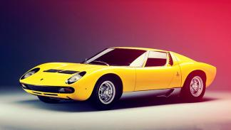 Acierto: Lamborghini Miura, 1966