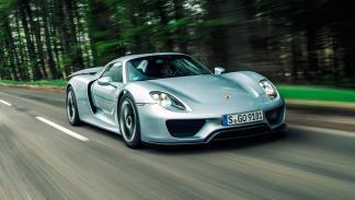 Porsche 918, 4