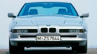 BMW Serie 8 frontal plata deportivo