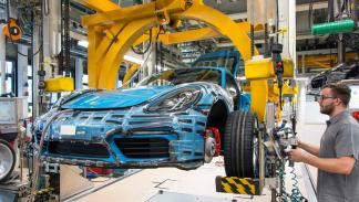Porsche 718 Cayman, producción, 3