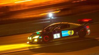 Audi R8 LMS nocturna resistencia motorsport