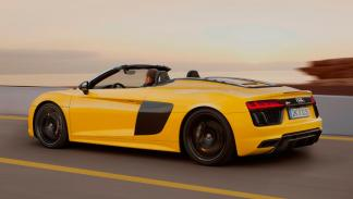 Audi R8 V10 Spyder trasera deportivo