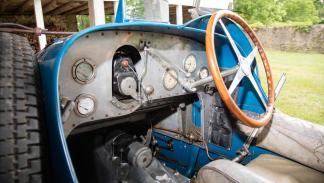 Bugatti Type 51 interior clásico
