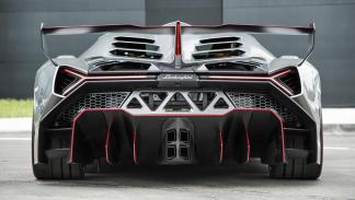 Lamborghini Veneno trasera difusor aleron