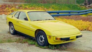Porsche 924 delantera amarillo