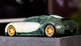 16.4 – Bugatti Veyron