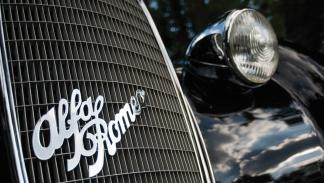 Alfa Romeo 8C 2900B Lungo Spider by Touring