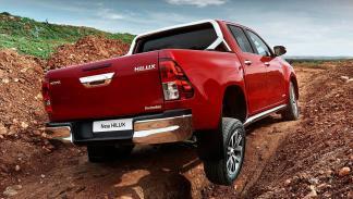 Cinco mejores coches para atropellar a tu jefe: Toyota Hilux