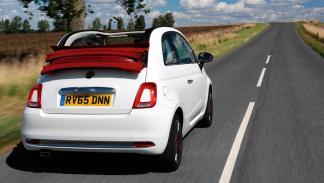 Fiat 500C trasera blanco rojo