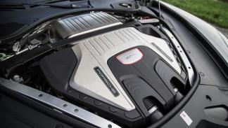 Prueba Porsche Panamera Turbo motor V8 biturbo deportivo