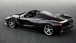 2 - Tiene el mismo motor de la versión coupé