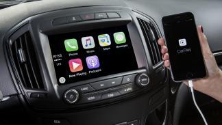 tecnologías-deberían-incorporar-todos-coches-integración-teléfonos