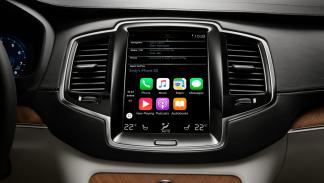 tecnologías-deberían-incorporar-todos-coches-integración-teléfonos-dos