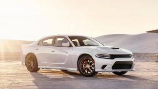 Dodge Charger SRT Hellcat - 328 km/h