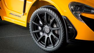 McLaren P1 eléctrico de juguete (IV)