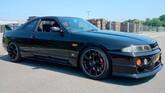 Nissan Skyline R33 (III)