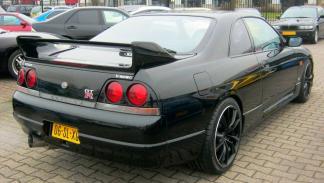 Nissan Skyline R33 (IV)