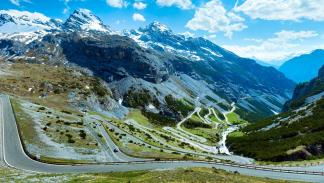 Paso del Stelvio, Italia puerto de montaña curvas mejores carreteras espectacular paisaje