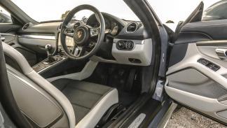 Porsche 718 Cayman (X)