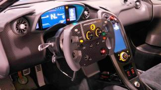 5 razones por las que necesitas este McLaren P1 LM - Ya es legal para circular por la calle